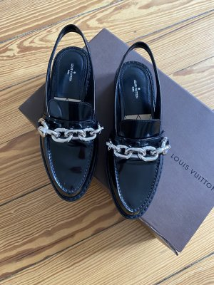 Louis Vuitton Schuhe Loafer Slingback-Flats Lackleder mit Kette - 38