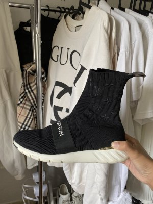 Louis Vuitton schwarze Sockensneaker / Sneaker / Schuhe mit Monogram Muster & Logo Aufschrift Aftergame