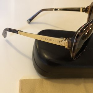 {{ Louis Vuitton Sonnenbrille }}