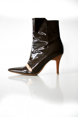 Louis Vuitton Stiefeletten aus Lackleder