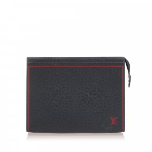 Louis Vuitton Taiga Pochette Voyage MM