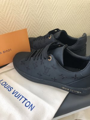 Louis Vuitton Time Out Sneaker schwarz