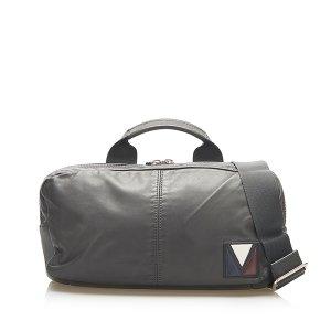 Louis Vuitton V Line Fast