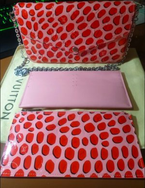 Louis Vuitton Vernis Jungle Dots Pochette Felicie