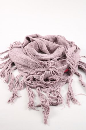 Louise Orop Fringed Scarf natural white cable stitch casual look