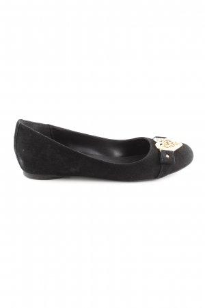 Love Moschino Ballerinas with Toecap black casual look