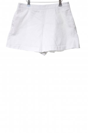 Love Moschino Falda pantalón blanco look casual