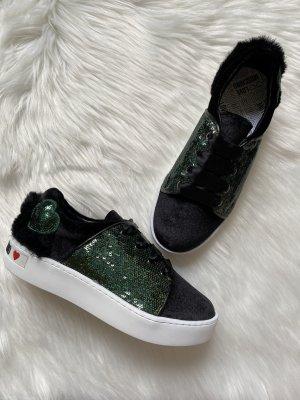 Love Moschino Samt, Faux Fell, und Glitzer Herz Plateau Sneaker Designer Stil Damengröße 36