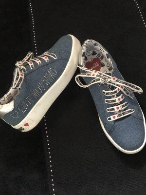 Love Moschino Sneaker Jeans mit weißer Sohle, Gr 38