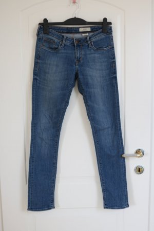 Low Waisted/ Slim Leg Jeans