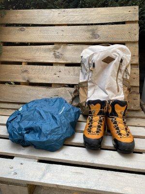 LOWA Wanderschuhe+Rucksack(geschenkt)