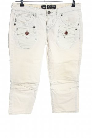 LTB Capris white casual look