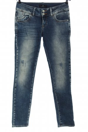 LTB Slim Jeans blue casual look