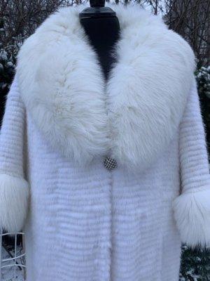 Lubert de Cologne Futrzany płaszcz biały Futro