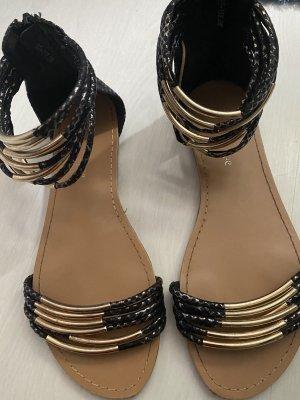 Le Scarpe Sandały z rzemykami czarny-złoto