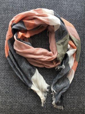 Luftiger Schal von Samaya