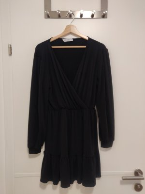 luftiges angenehmes Kleid