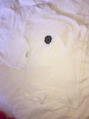 Luftiges bauchfreies T-shirt mit Mandala stickerei