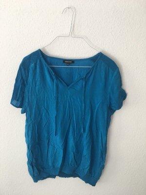 luftiges blaues T-Shirt von More&More