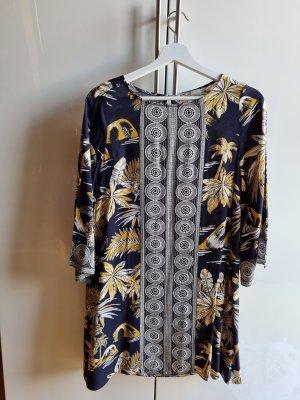Luftiges gemustertes Sommer Kleid