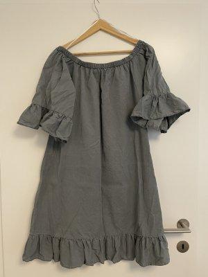Luftiges Kleid