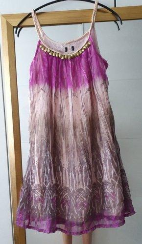 Luftiges Kleid Sommer Goldapplikationen