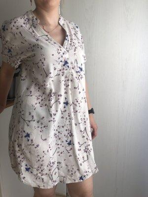 Luftiges Sommerkleid aus der Anna Glover X H&M-Kollektion