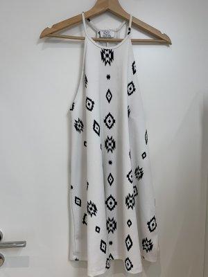 Zara Trafaluc Robe Hippie blanc-noir