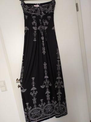 Luftiges Sommerkleid in schwarz & weiß