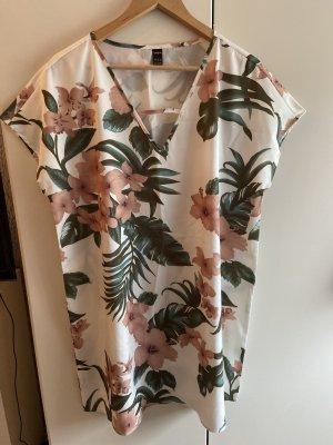 Luftiges Sommerkleid mit Blümchen_NEU_