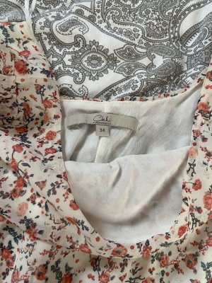 Luftiges Sommerkleid mit Blumen Muster