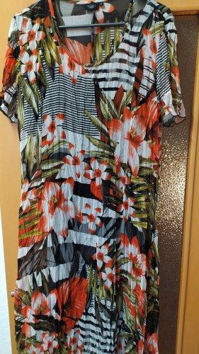 luftiges Sommerkleid mit schwarzem Unterkleid Gr. 42