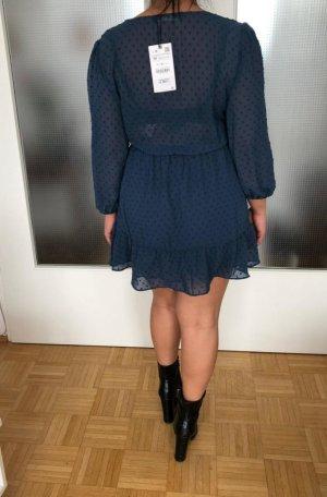 Luftiges Sommerkleid, Neu mit Etikett / Zara/   Gr. M