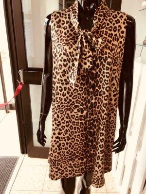 luftiges Sommerkleid von Blue Joint, Leoparden-Look