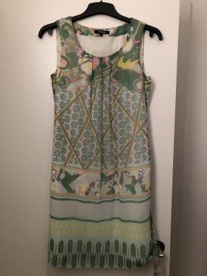 Luftiges Sommerkleid von More&More