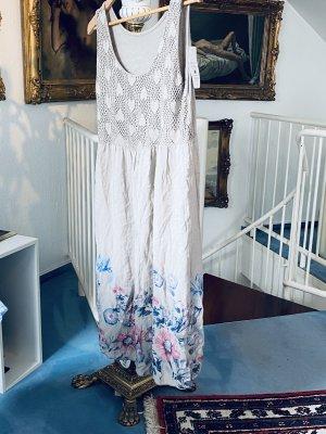 Luftiges Sommerkleid von New Collection