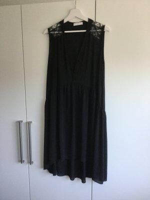 Luftiges Sommerkleid von Sandro