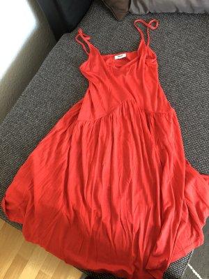 Luftiges Strandkleid rot
