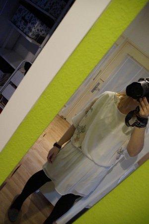 * Luftiges weißes Hippie Kleidchen * Boho * Stickerei **