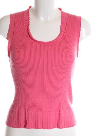 Luisa Cerano Camisa acanalada rosa look casual