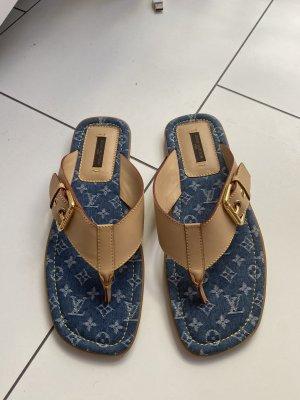Comfortabele sandalen neon blauw