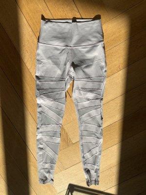 Lulu Lemon Wunder Under pants leggings Grösse 38 (us 6) Flieder