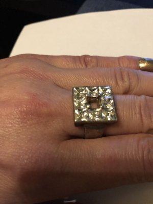 Lumani Ring