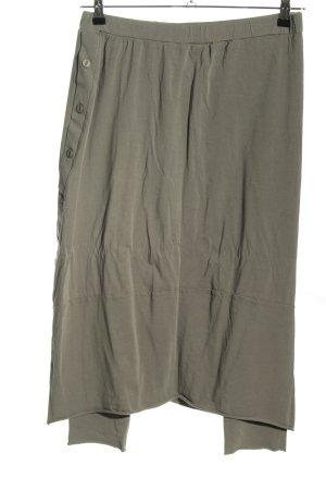 Luukaa Falda pantalón gris claro look casual