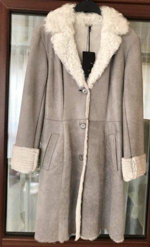 LUXURY MILESTONE  women's Coat