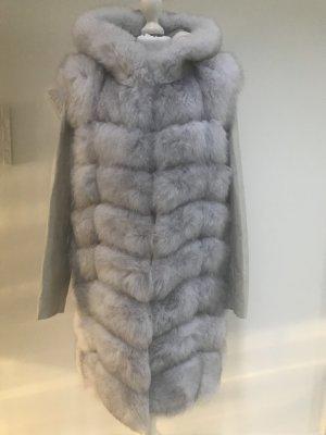 Veste de fourrure gris clair-blanc