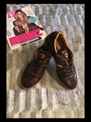 Sneaker stringata marrone scuro