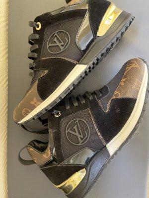 LV Louis Vuitton Sneaker Run Away 38,5