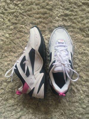 M2k Tekno Nike Sneaker schwarz weiß pink