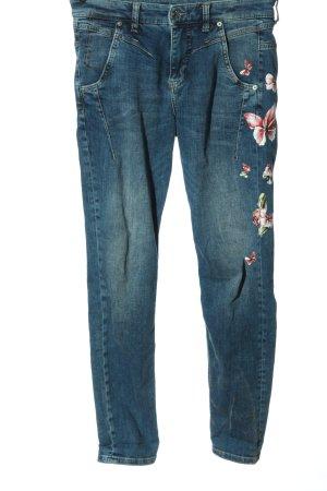Mac High Waist Jeans themed print casual look